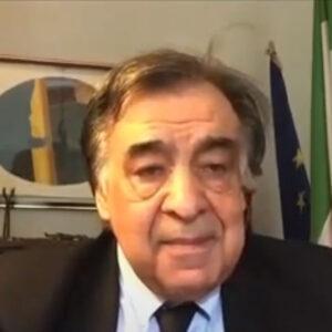 """""""Il cavallo per i siciliani è un convivente"""" intervista a Leoluca Orlando"""